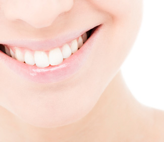 Woman who had teeth whitening in Anchorage, Alaska